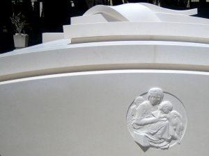 grobnice_nadgrobni_spomenici