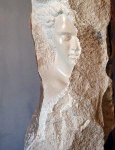 Kamene skulpture portreti Lovre Jakšić